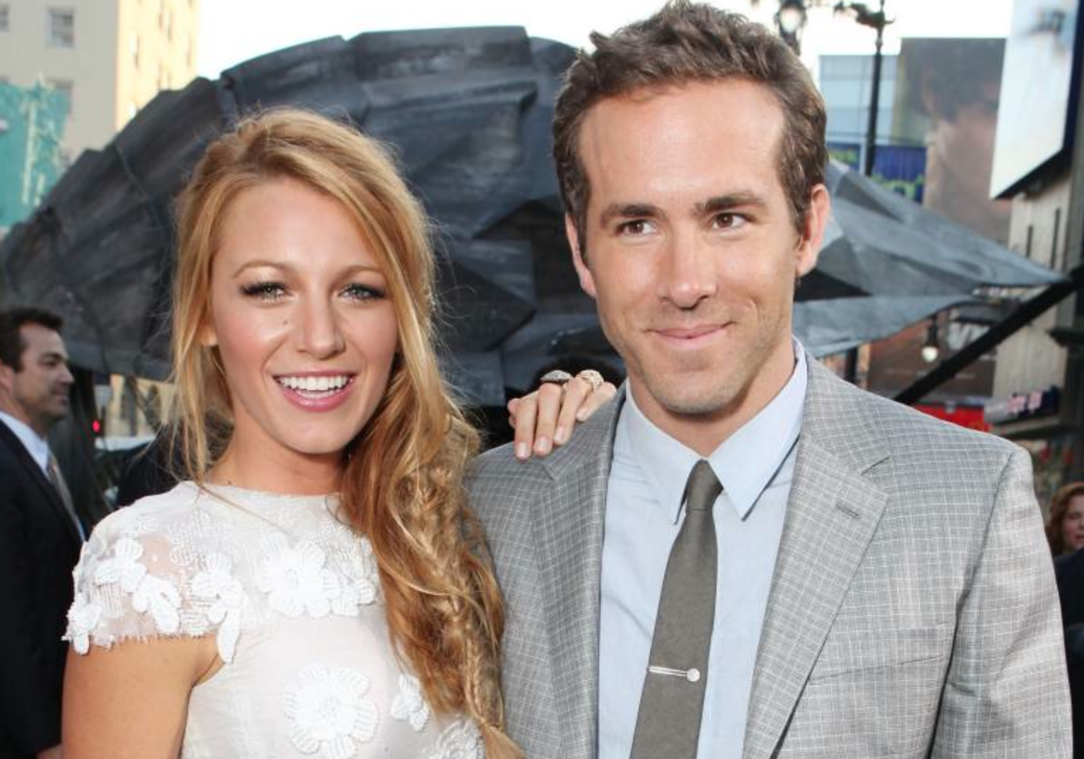 blake lively and ryan reynolds celebrity slice