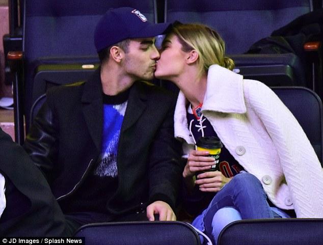 joe jonas gigi hadid kissing celebrity slice